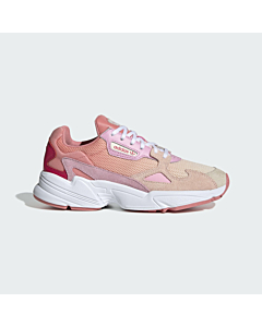 Adidas Falcon sneakers / Icey-Pink-Ecru Tint-True Pink